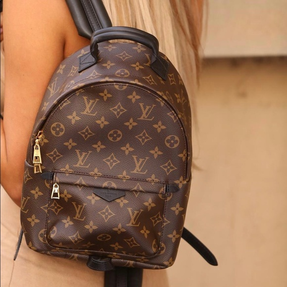 4b4d662d5a7c8 Louis Vuitton Handbags - LOUIS VUITTON Monogram Palm Springs Backpack MM